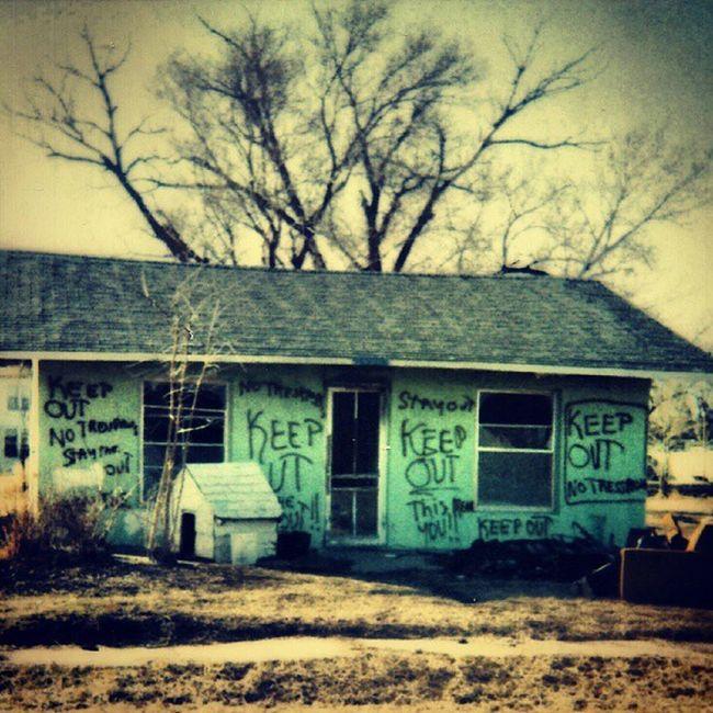 Old Polaroid Captures - Keep Out!! Trailblazers_rurex Trailblazers_macro Ig_ruralamerica Rsa_rural royalsnappingartists signstalkers signgeeks doorsofdistinction sundoors Windowsaroundtheworld rsa_signs heyfred_lookatthis