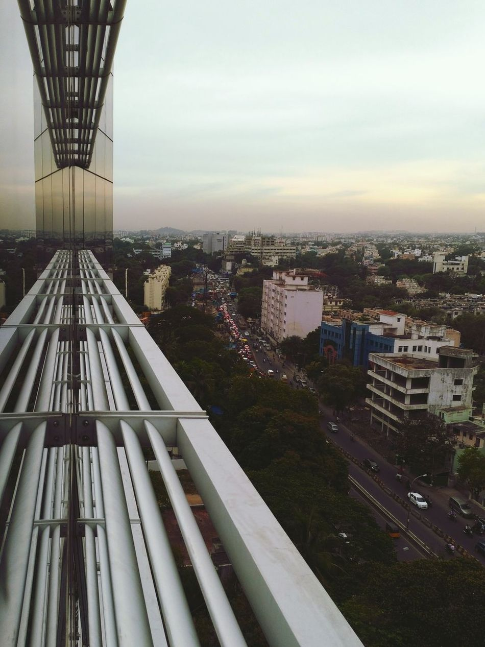 Afterwork traffic Hello World Chennai WorkLife Busylifestyle Traffic Office Building Officeview City Life