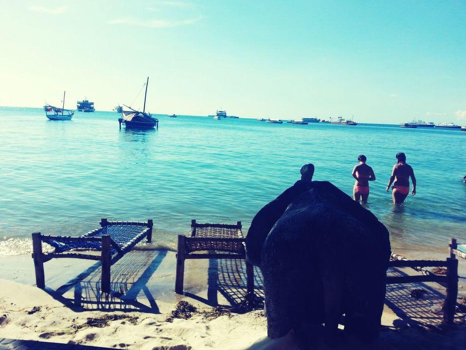 Beachlife Zanzibar🏊🏄🎣