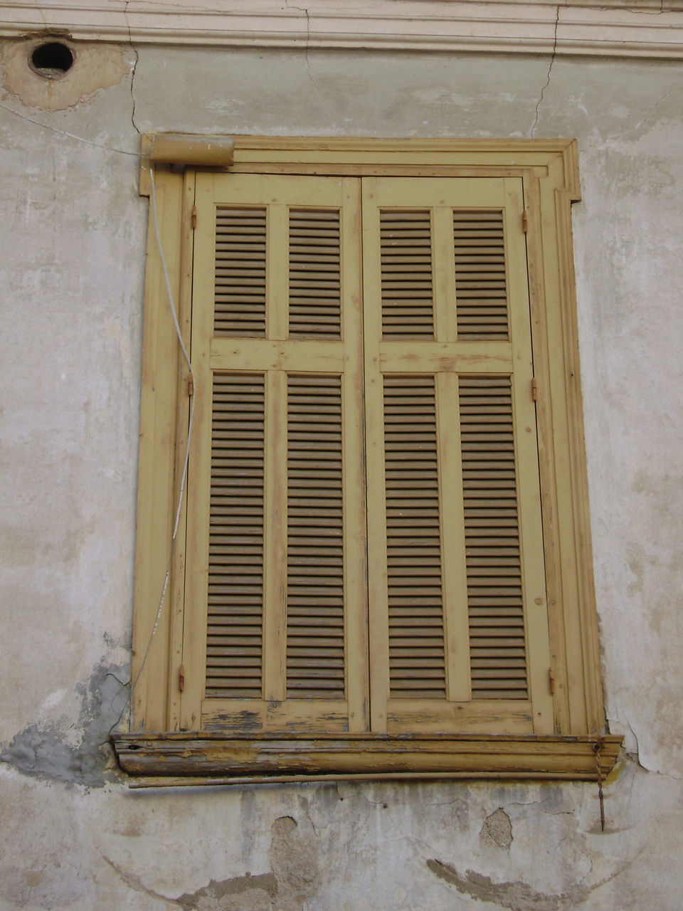 window, air duct, architecture, built structure, no people, air conditioner, day, building exterior, indoors, close-up