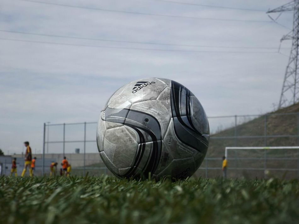 Beautiful stock photos of fußball, grass, sky, cloud - sky, field