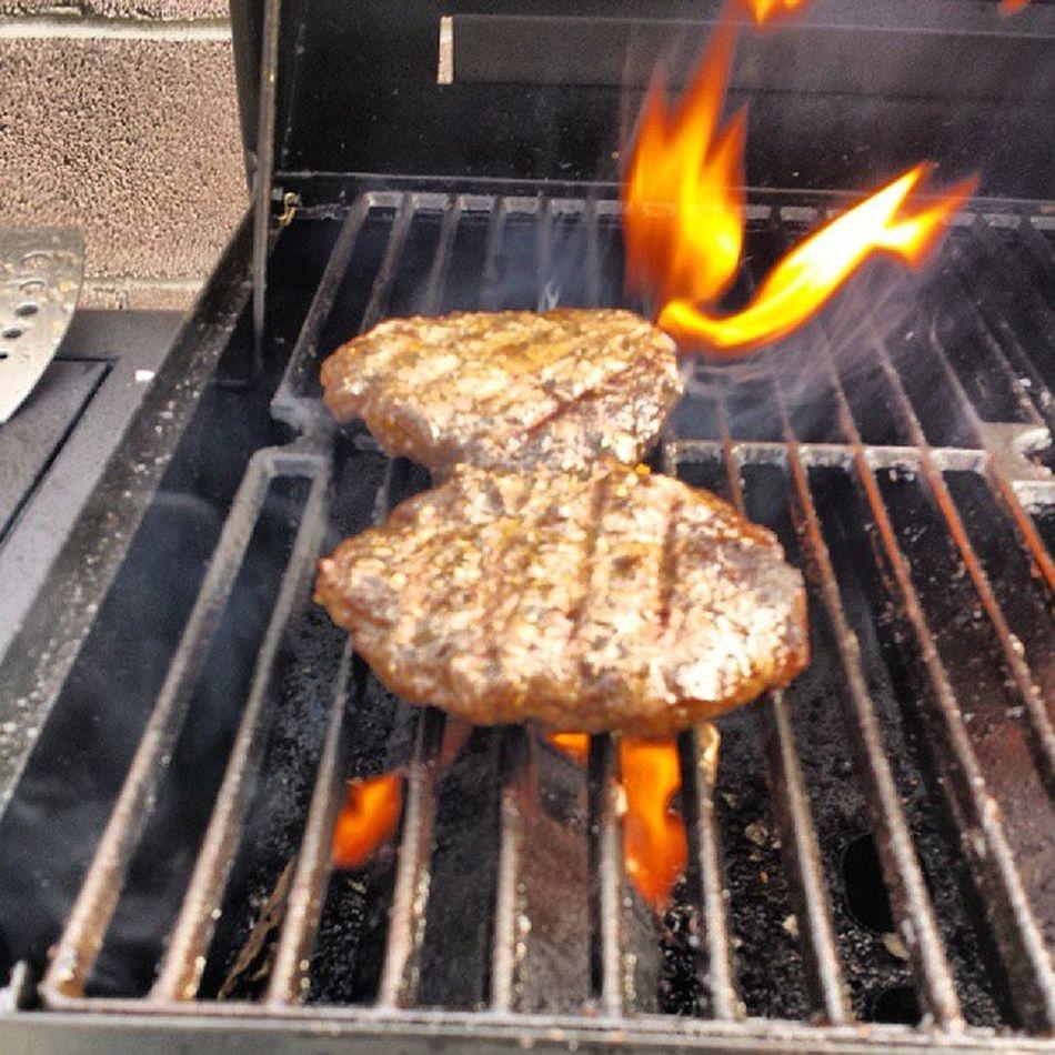Step 3 Chefcampini BURNBABYBURN Burger foodporn photooftheday tagsforlikes juicylucy burgers beer bbq