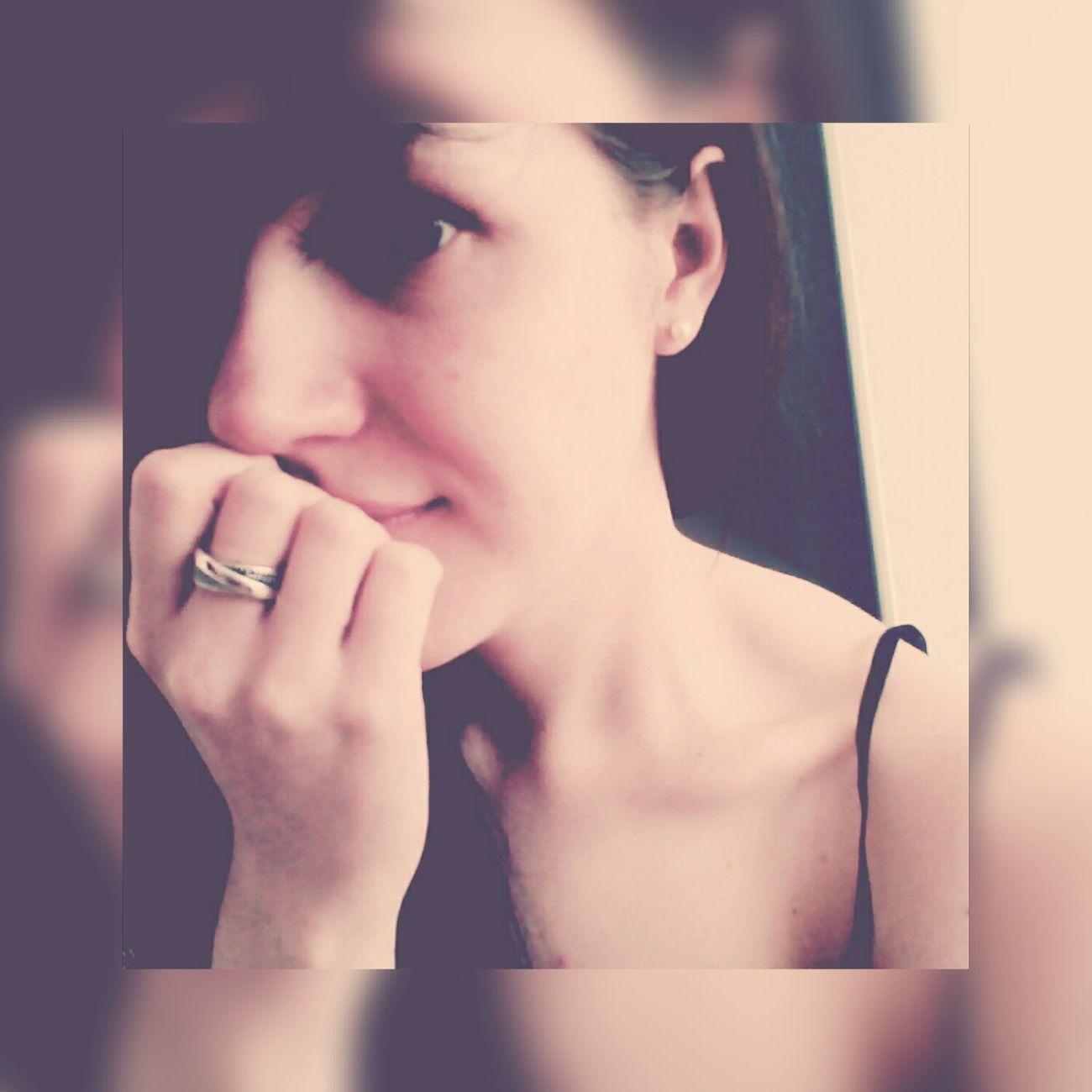 Heartbreak 💔Es ist das traurigste, wenn du einer Person immer wieder verzeihst, obwohl sie dir immer wieder weh tut Hanging Out Hello World That's Me Everyday Joy Gedankenkonfetti Check This Out Love ♥ Heartbroken Depressed