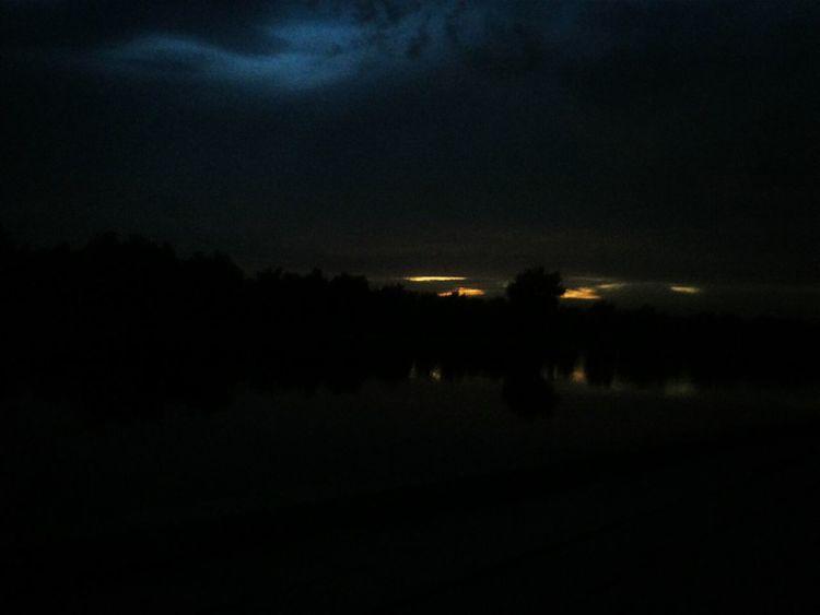 天水河。 Scenery Of The Town River View