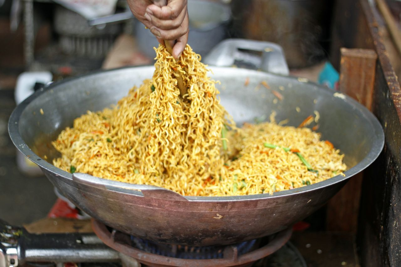 Adult Bakmi Goreng Bami Goreng Coocking Food Fried Noodle Fried Noodle With Sea Food And Vegetable Fried Noodles Human Hand Indoors  Occupation One Person Open Cooking People Stir Fried Noodle Stir Fry Stir Fry Noodles Street Food