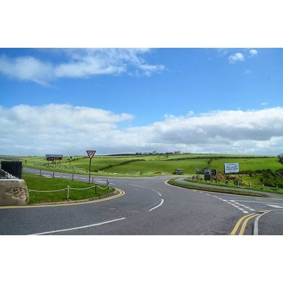 Breathtaking view. Ialsocantakewindowsxpwallpaper Ireland