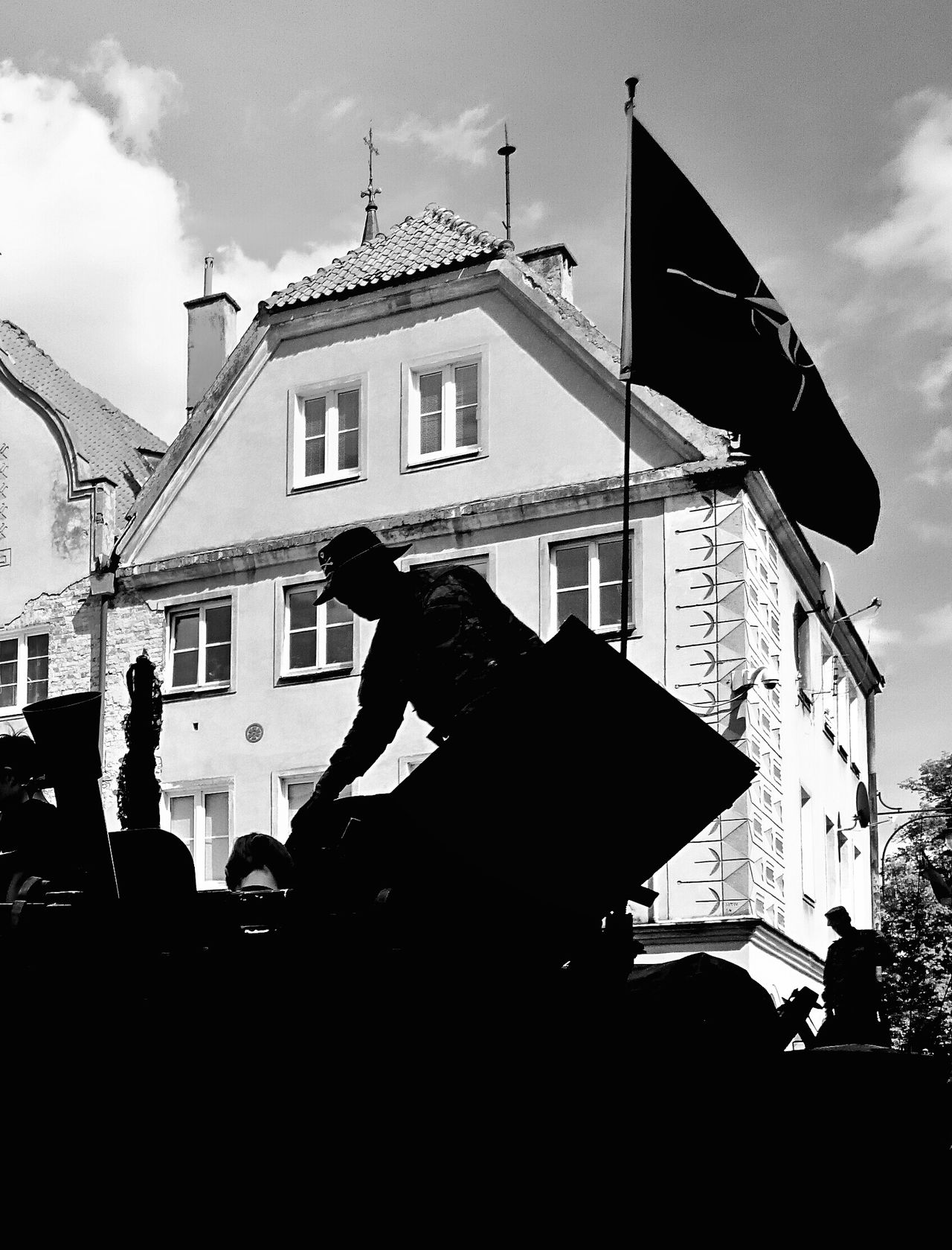 Silhouette Outdoors Architecture One Person One Man Only Built Structure Building Exterior Silhouettes Silhoutte Photography Silhouettes Of A City Silhouette Photography Soldier Soldiers Black & White Black And White NATO Flag