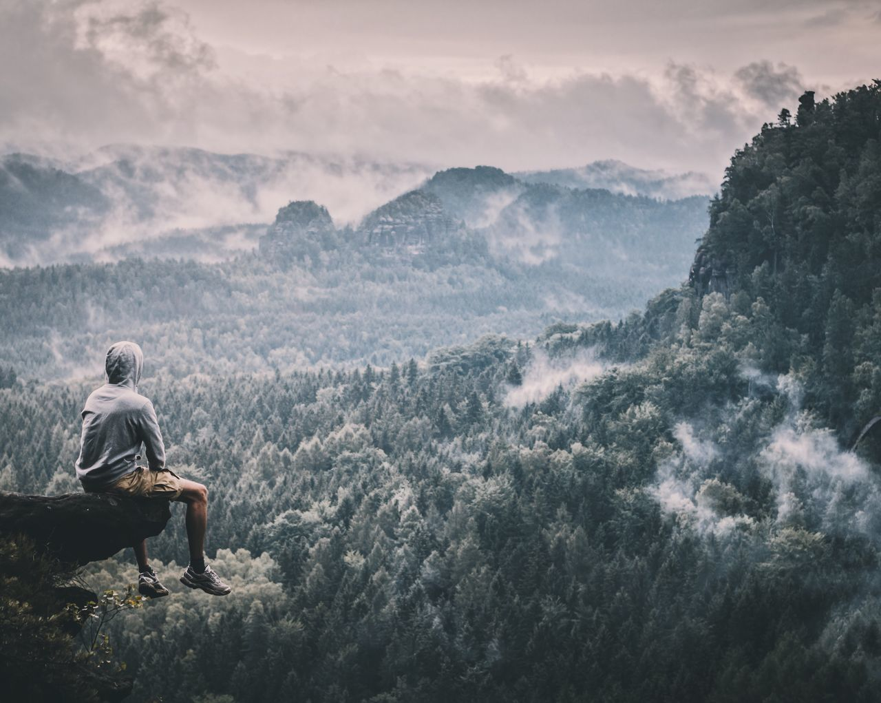 Sitting Mountain Real People Nature One Person Beauty In Nature Full Length Scenics Outdoors Day Sky Men Leisure Activity Lifestyles One Man Only People