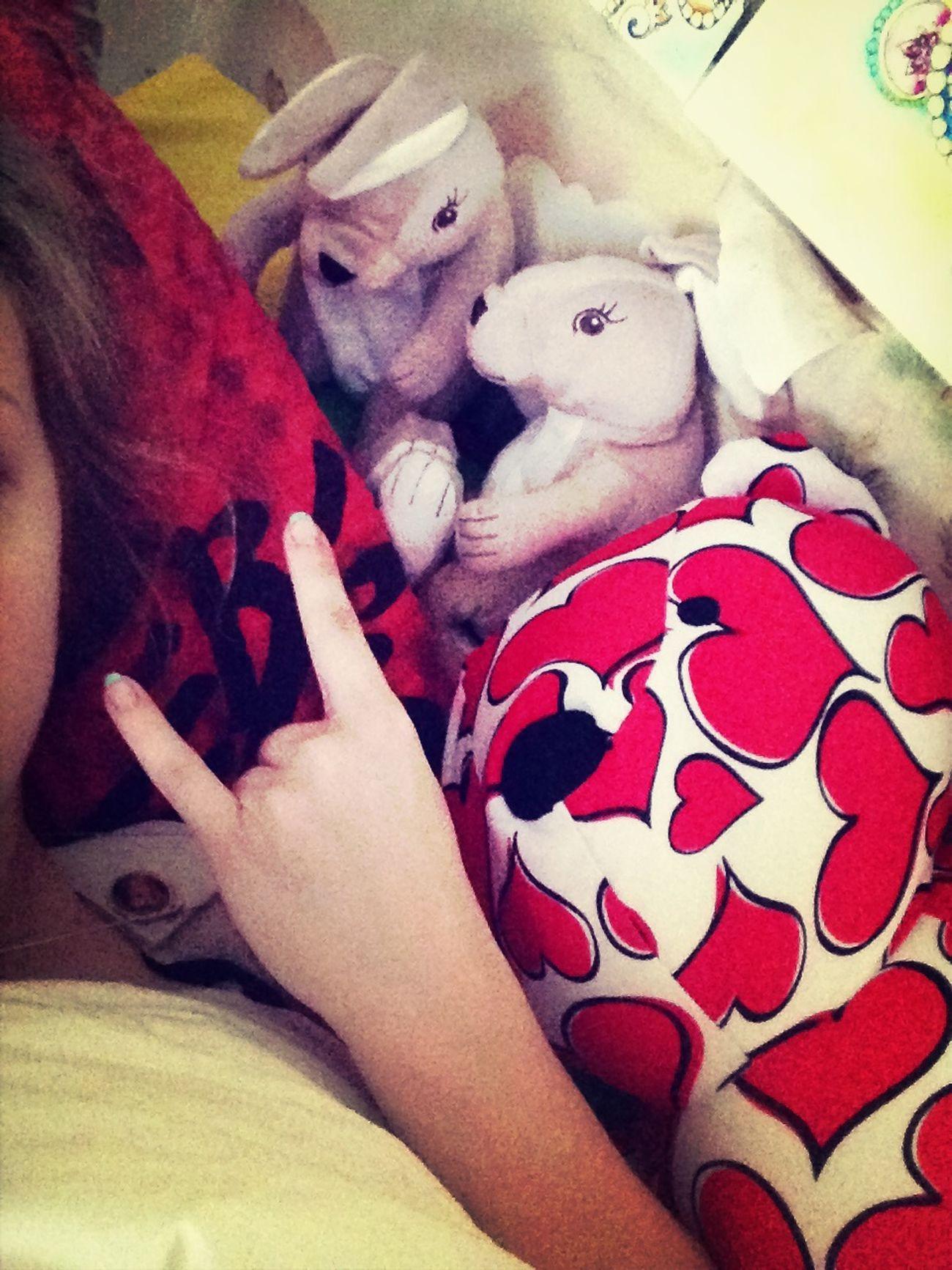 Вот кто со мной посыпается вместе по утрам ;)