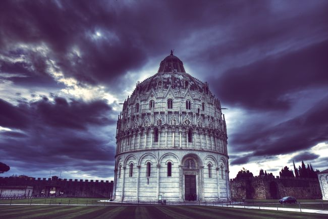 Battistero di San Giovanni Pisa Italy Holiday HDR Hdr_Collection Hdr_Collection Canon Photography Tuscany City Love Italian Green Sky Clouds Blue Architecture First Eyeem Photo