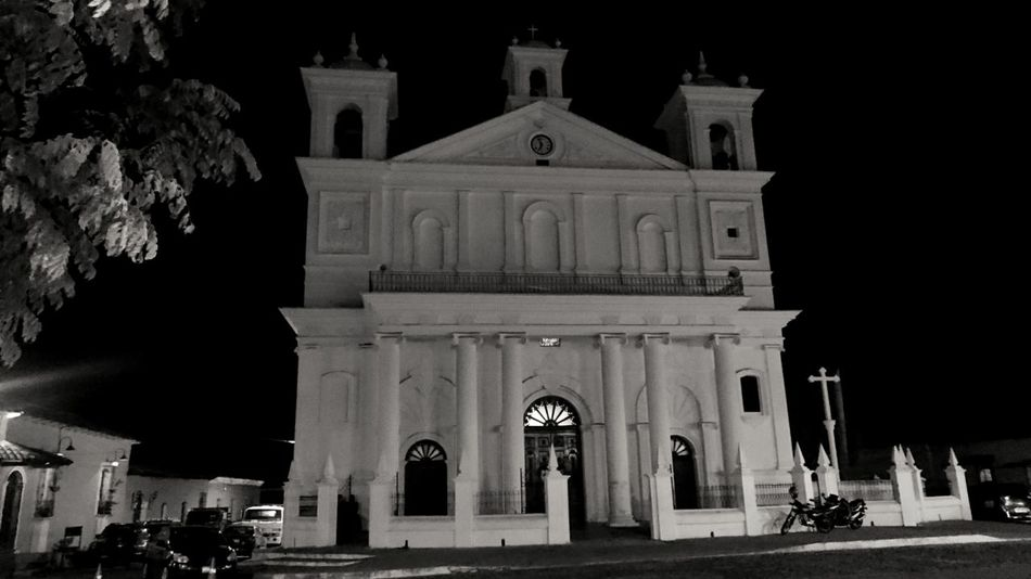 Building Exterior Architecture Religion Travel Destinations Night Arch Suchitoto Suchitlan Lake El Salvador El Salvador Impresionante Black & White Church Catholic Church Built Structure Place Of Worship Outdoors Façade City No People Sky