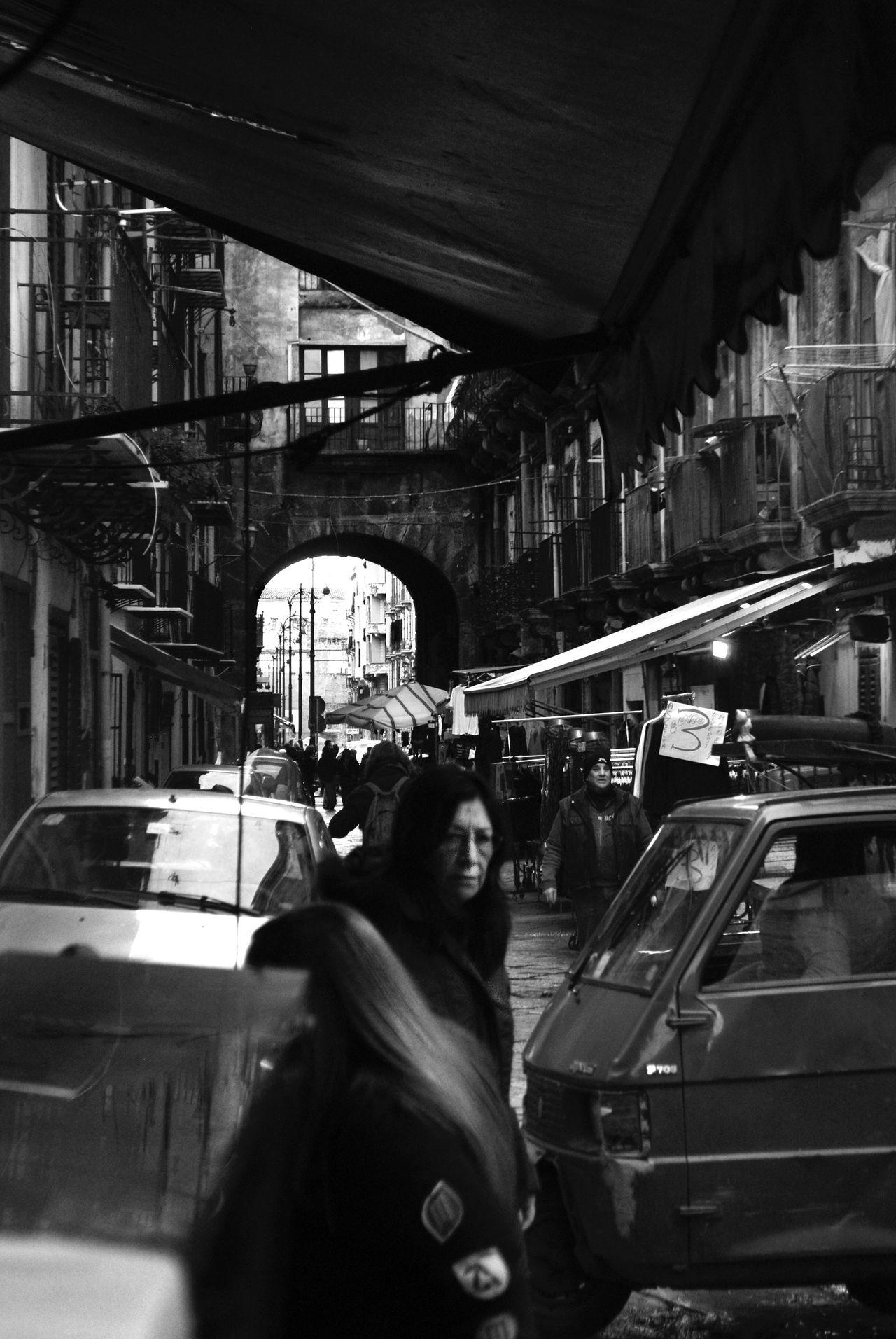 Palermo, Italy Palermo Blackandwhite Blancoynegro Blackandwhite Photography Black And White Photography Blanco & Negro  B&w Street Photography Blanco&negro Welcome To Black BYOPaper! BYOPaper!