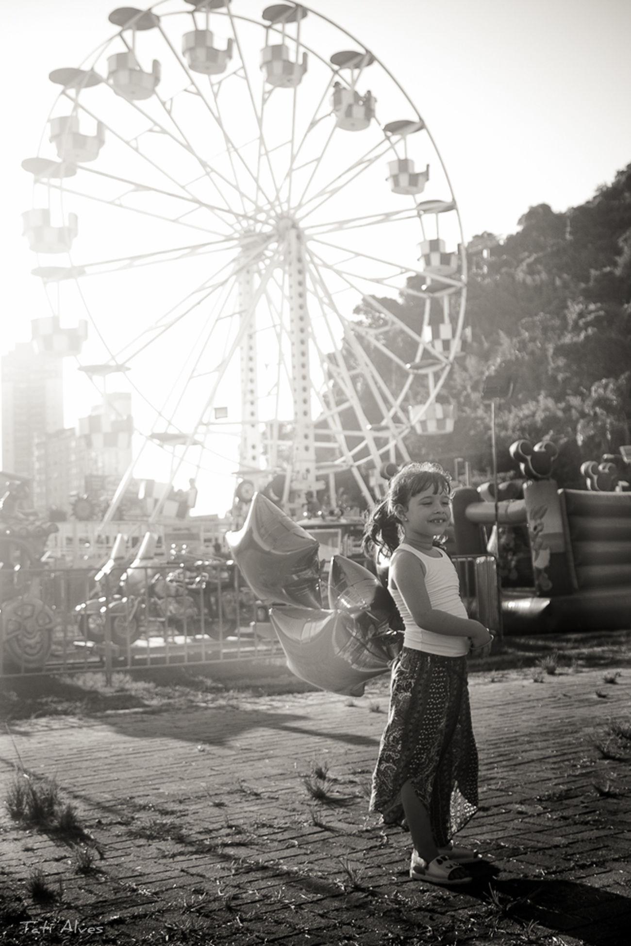 Luiza #bw #childrenphoto #girl #blackandwhite #amp_love #rodagigante