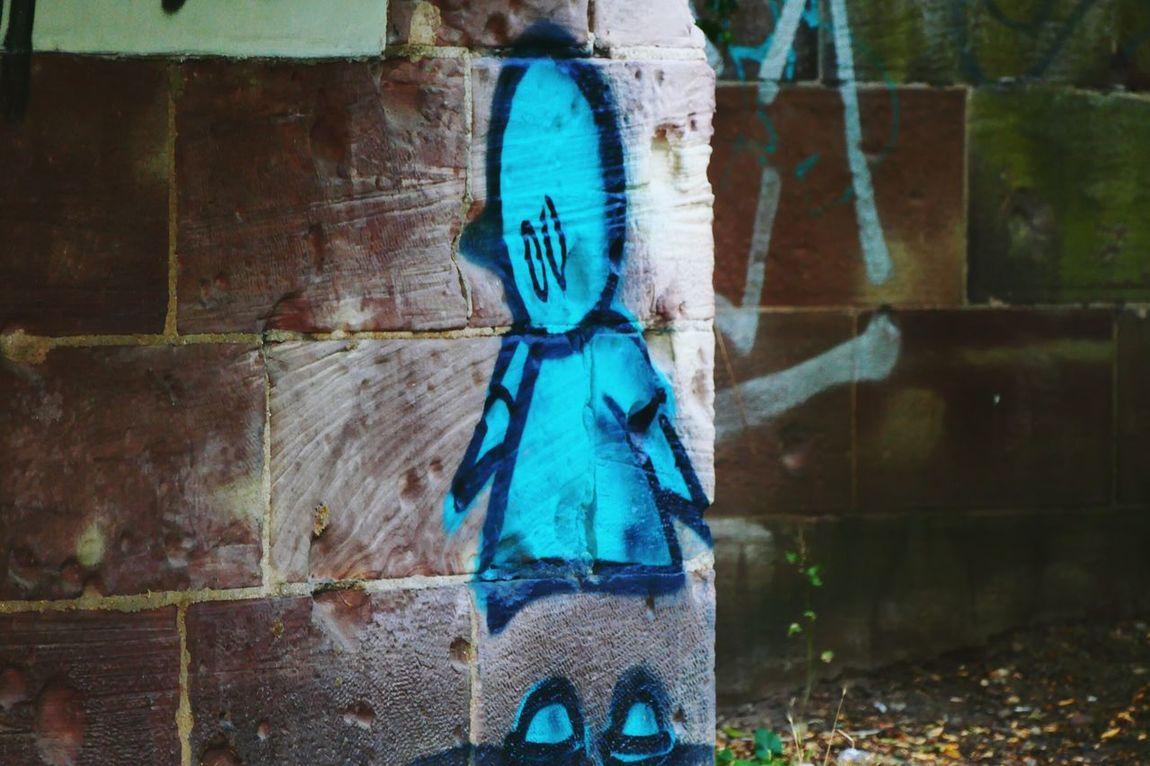Like A Picture Künstlerische Freiheit Männchen Anonym Wand Wall Saarland Saar Figur Taking Photos Why Not Müll Waste Beautiful Kunst? Art? Kunst Fotografieren Spraypaint ArtWork Fantastic Hello World Unerwartet Taking Photos Photography Colour Of Life