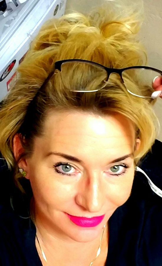 Morning View Words Of Wisdom... Businesswoman Todayhotlook Casualwear Smartgirl  Makingmoney Beautiful Woman Woman Who Inspire You Things I Like 👍 Productionlife Cars Makingmagic Lead The Way Choose Your Way YourMoments