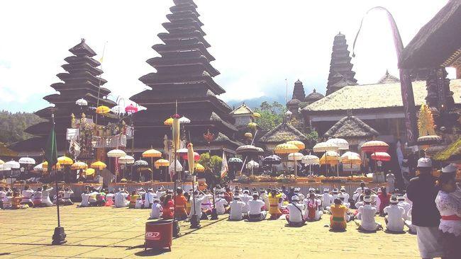 Hello World Goodmorning EyeEm  Bali Pray
