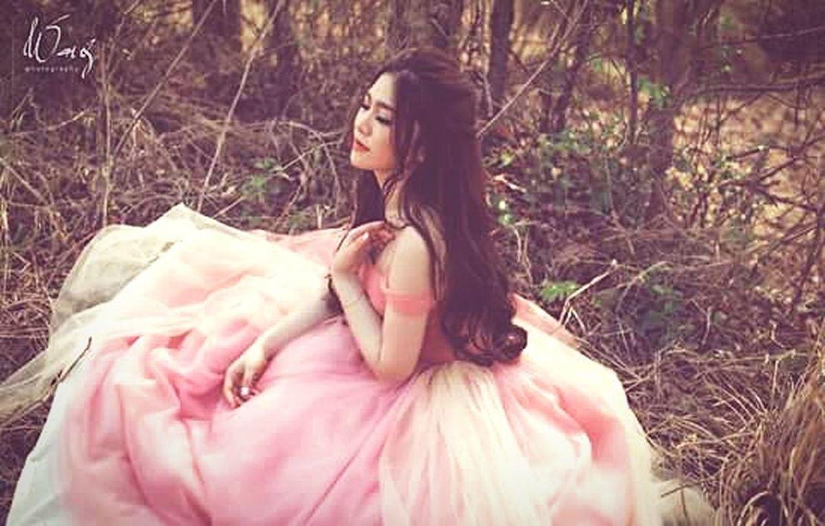 Me Today Bridal Photoshoot Bridaldress PinkSky! Longhair Asian Girl