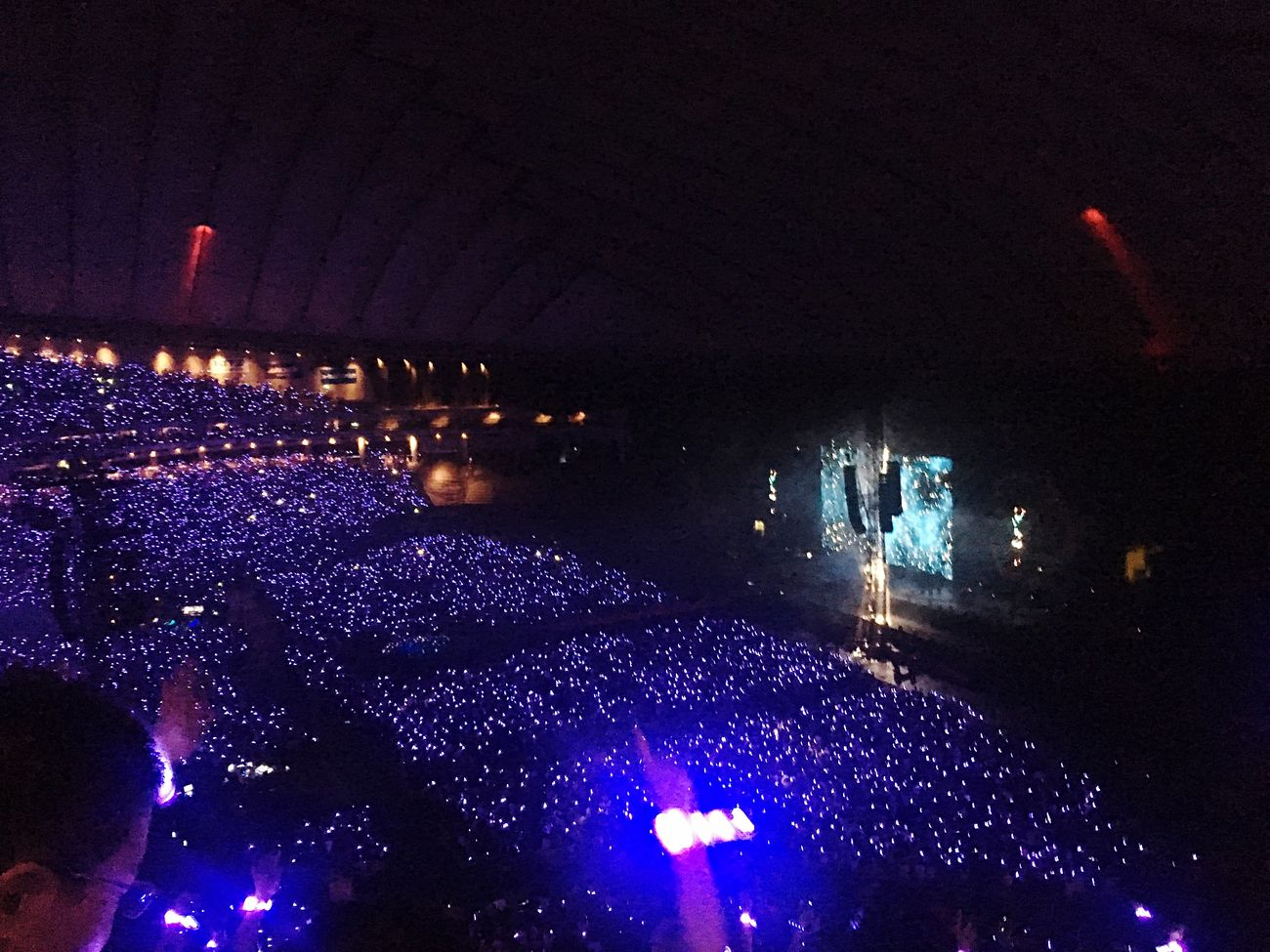 A Sky Full Of Stars Coldplay Coldplay Concert  Music Illuminated Live Music AHFODtour Stage Light Musician