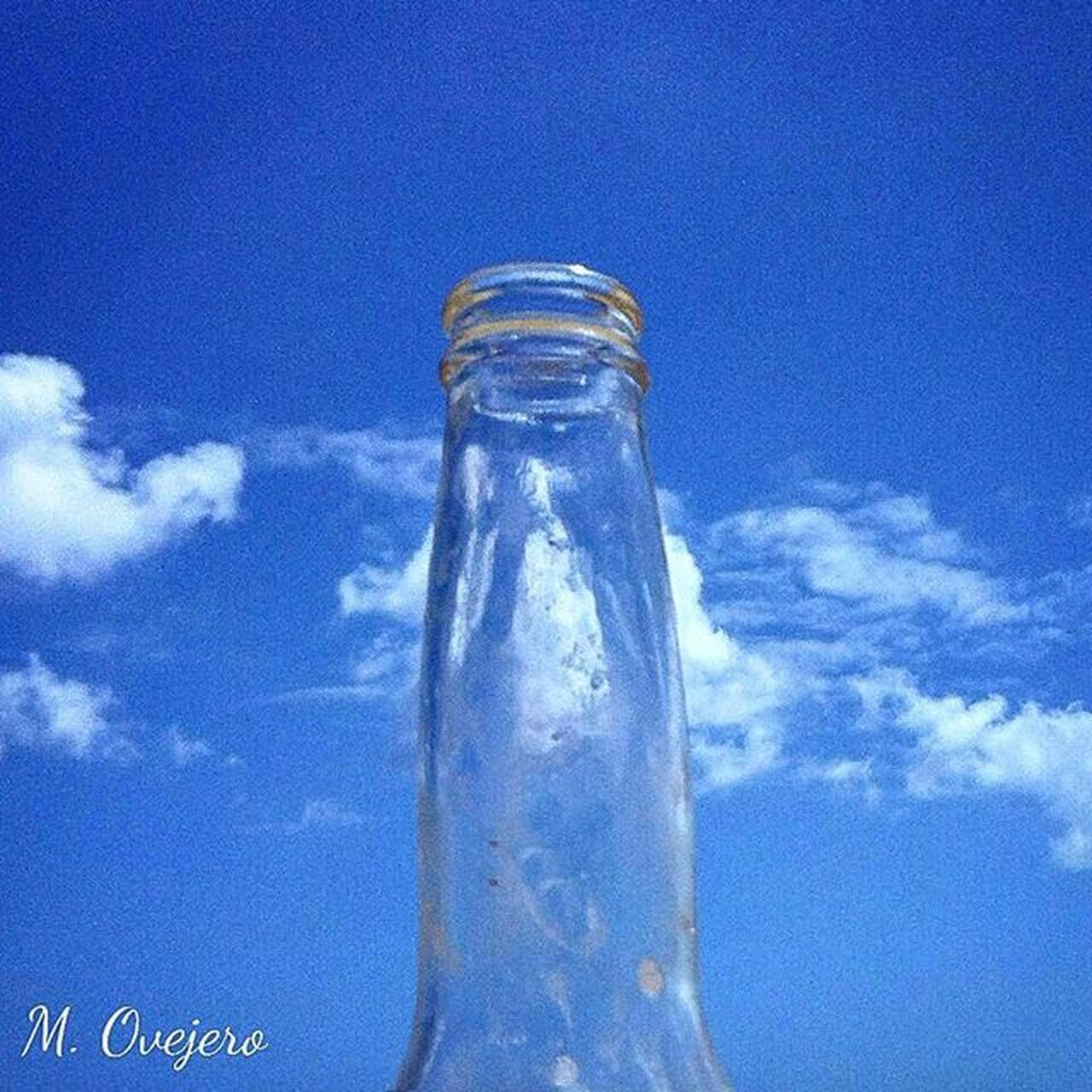 DirtyMind Bottlebeer Bottles Bottle Bluesky Blue Sky Clouds Cloud Creative Creativepictures Colorfull Whatareyouthinking Beer Coronita Beerlovers Transparents Long Beermoments