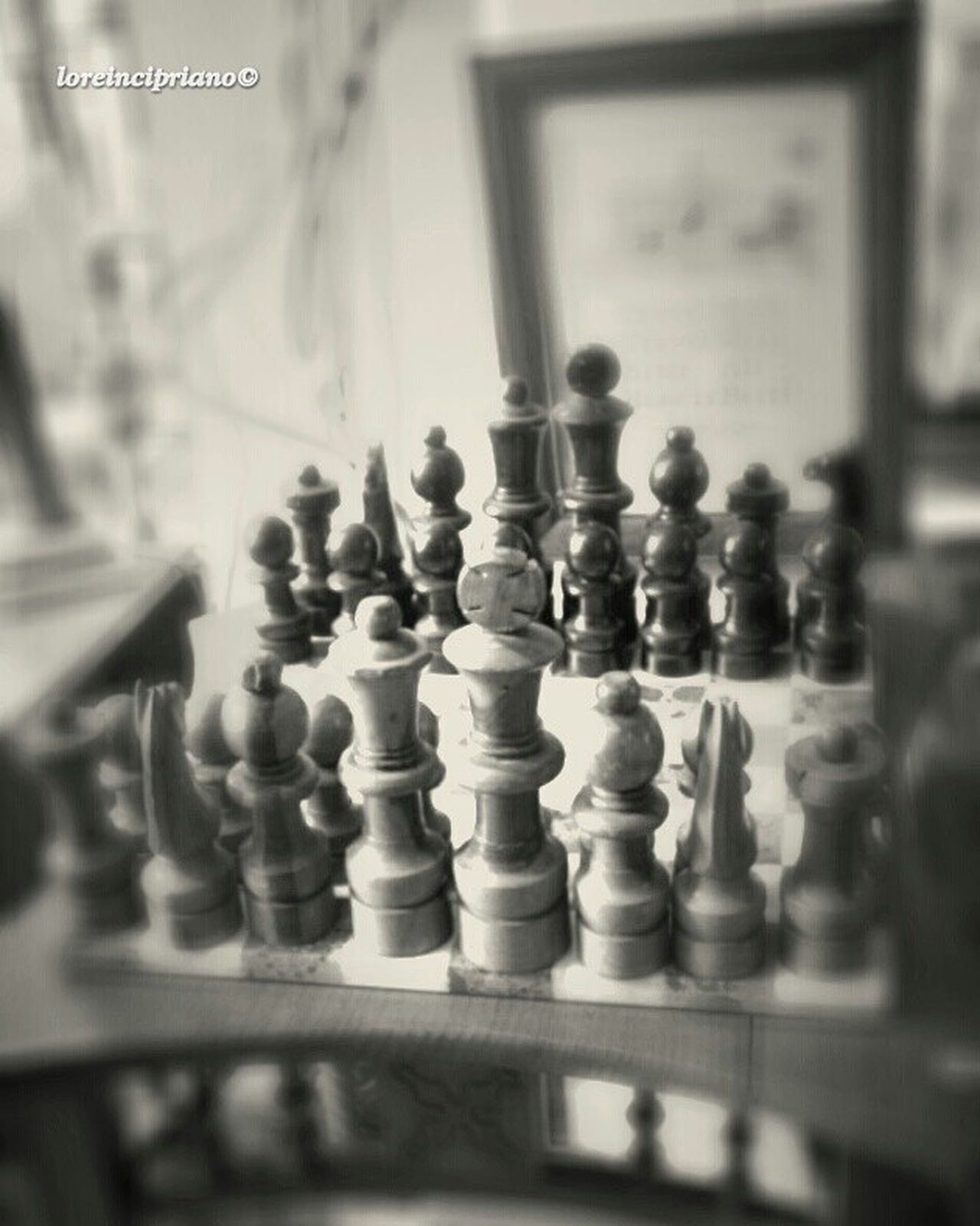 Chess Board Antique Chess King - Chess Piece Leisure Games Strategy Chess Piece Foto_blackandwhite Show_us_bw Bnw Photography Fa_fadeaway Pf_bnw Bnw_mania__ Bnwphotography