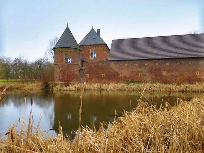 February Castle Ruhrgebiet Burg Vondern Taking Photos Living Life Nice Atmosphere
