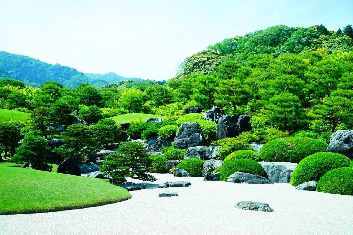 足立美術館の日本庭園 Grass Green Green Color Japan Japaneze Garden Mountain Nature Plant Sky Travel Destinations Tree 日本庭園 足立美術館