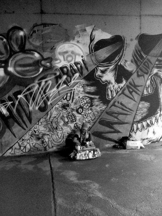 Black And White Street Photography Street Art Jakarta Muralnesia