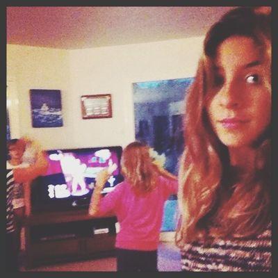 Just dance avec ma sœur et sa coupine ????❤
