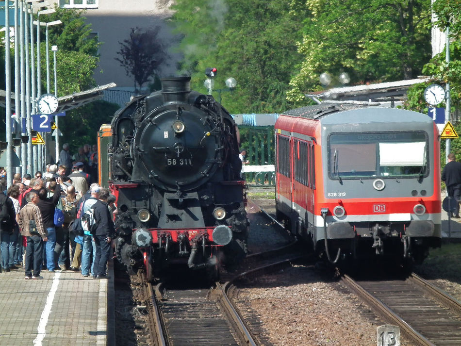 So much fans for this old train Day Envision The Future Land Vehicle Lifestyles Medium Group Of People Mode Of Transport Outdoors Public Transportation Railroad Track