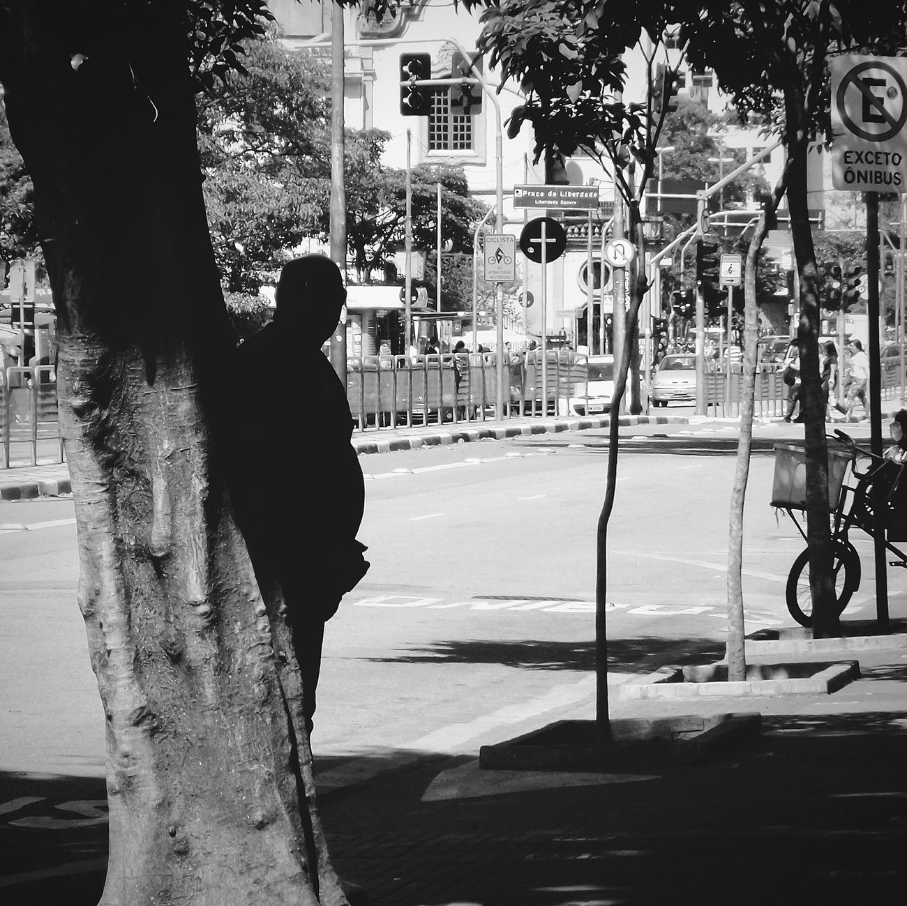 the shadow Open Edit Rule Of Thirds Shadow Streetphotography Streetphoto_bw Street Photography EyeEm Best Shots The Street Photographer - 2015 EyeEm Awards Darkness And Light Untold Stories