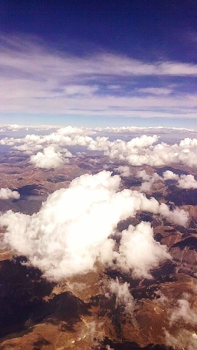 The Traveler - 2015 EyeEm Awards In Flight Hello World The Photojournalist - 2015 EyeEm Awards Sky Above The Clouds Between The Clouds Between Heaven And Earth Taken Sept 2014