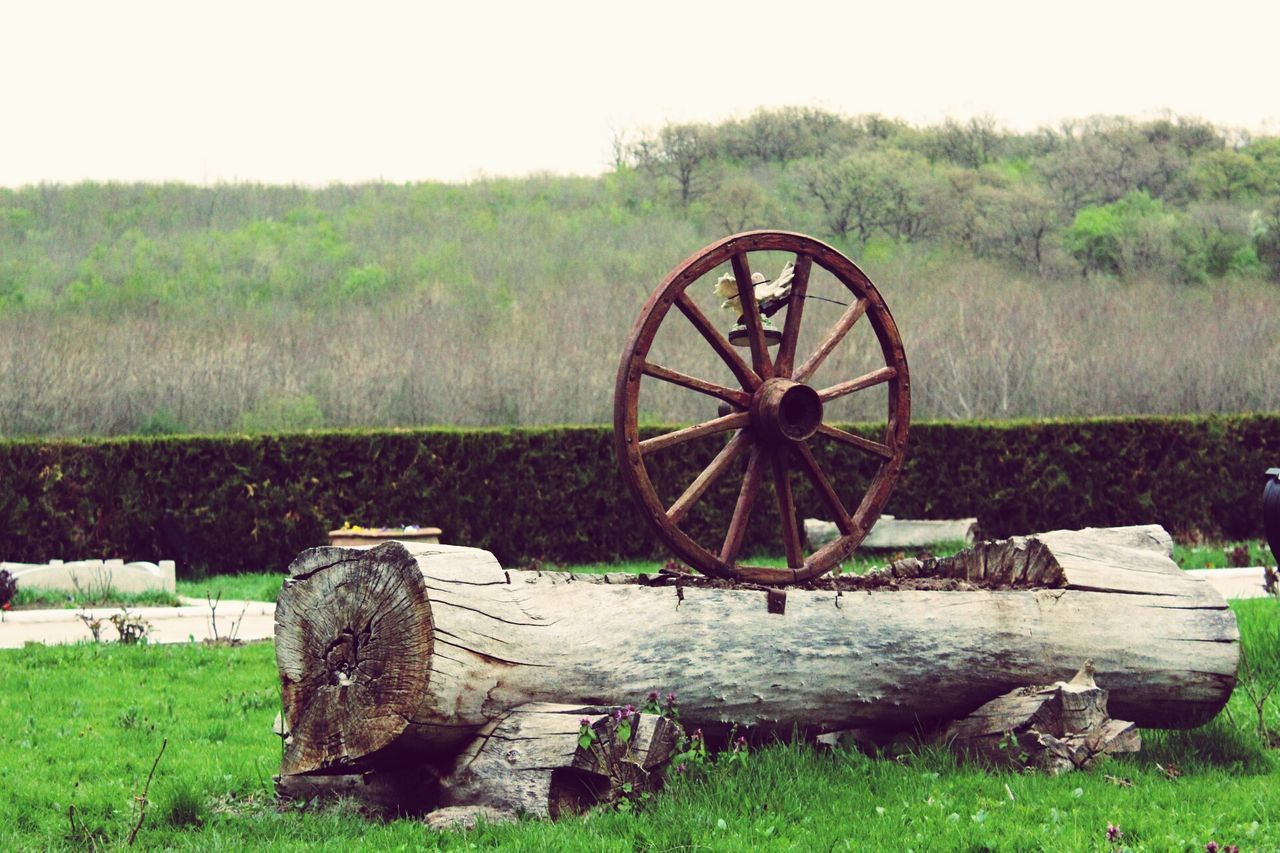 Rusty Field Agriculture Old-fashioned No People Watermill Grass Nature Day Outdoors Irrigation Equipment Wood Wheel Romanian Lands Romanian Tradition Romanian Views EyeEmNewHere