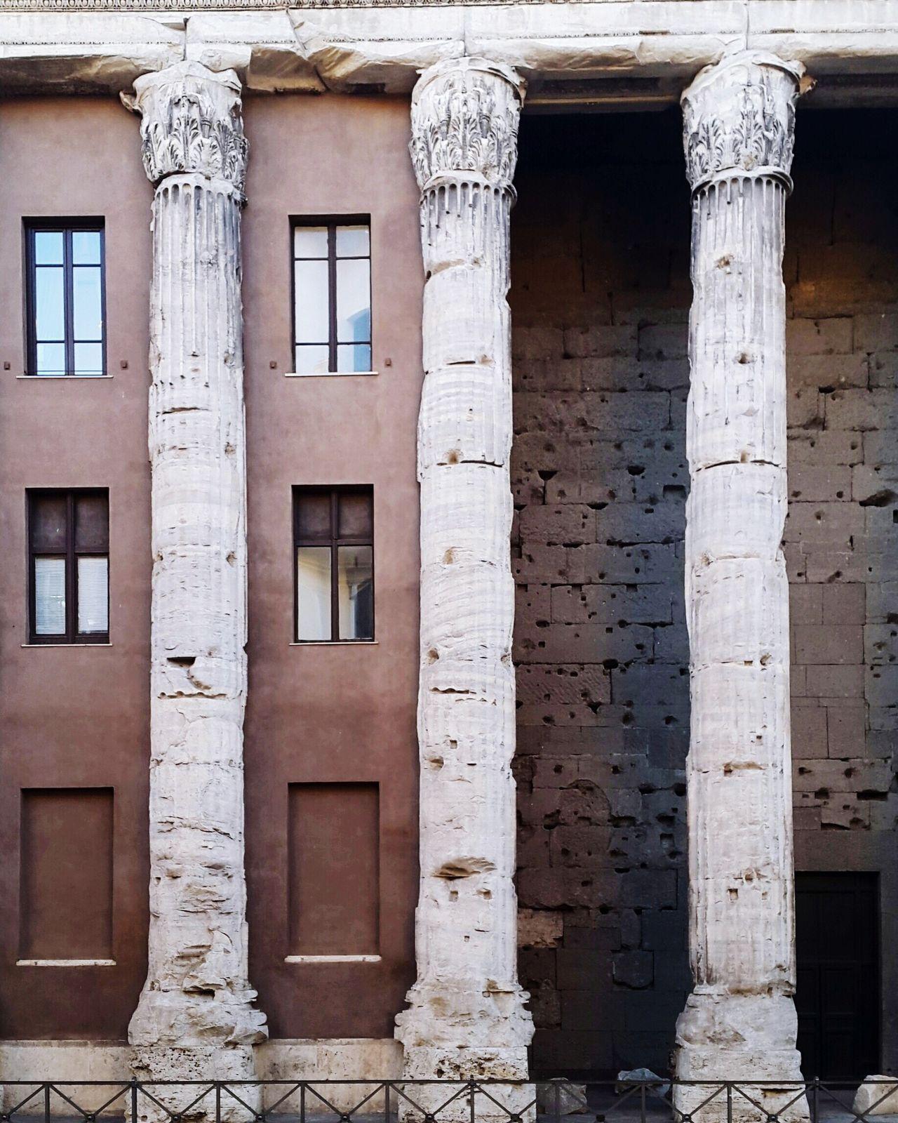 The Architect - 2017 EyeEm Awards Architecture Old Rome Piazza Di Pietra Ancient Architecture Roman Architecture Stone Columns