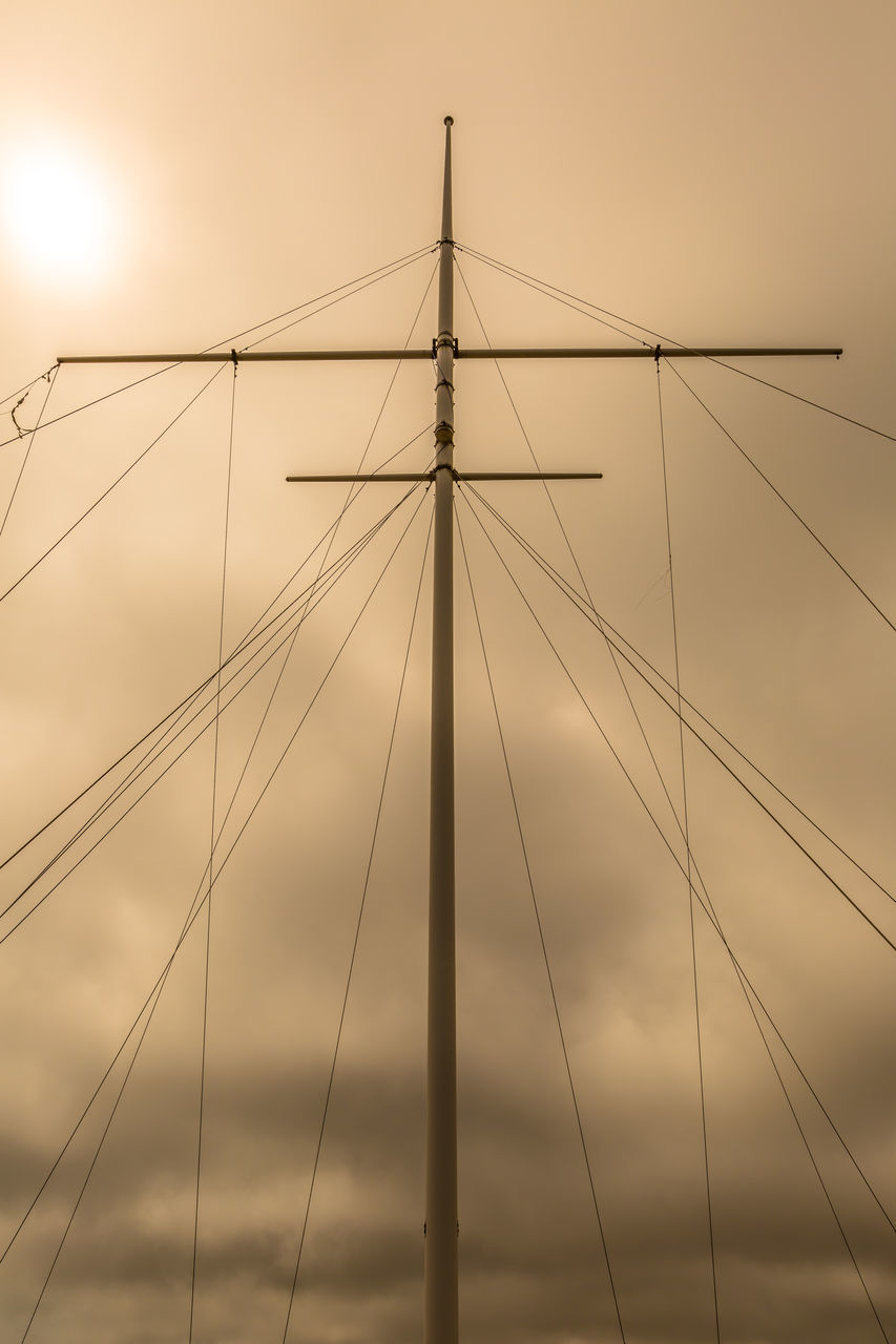 connection, low angle view, sky, no people, outdoors, sunset, mast, suspension bridge, complexity, day, nature, architecture