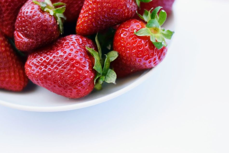 Strawberry Fruit Red Healthy Eating Freshness Food Close-up Dessert Food And Drink Healthy Lifestyle Fragole Beauty In Nature Nature EyeEm Best Edits Photooftheday EyeEm Gallery EyeEm Best Shots Like Eyeemphotography Details EyeEm Day Berry Fruit No People Juicy
