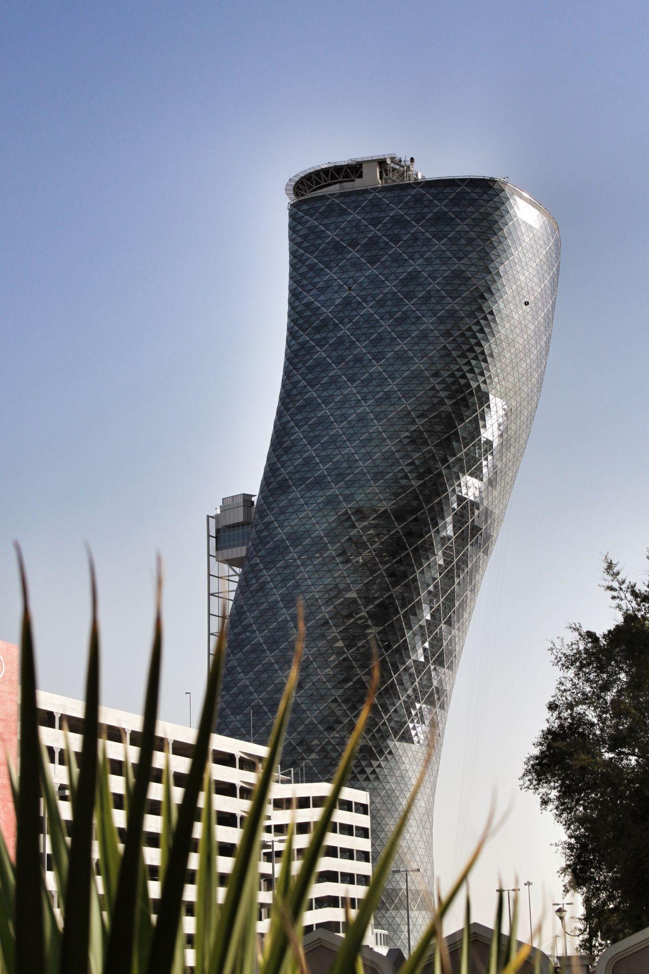 Abu Dhabi United Arab Emirates Abudhabi Hyatt Capital Gate Architecture Schief Quirky Quirky Design