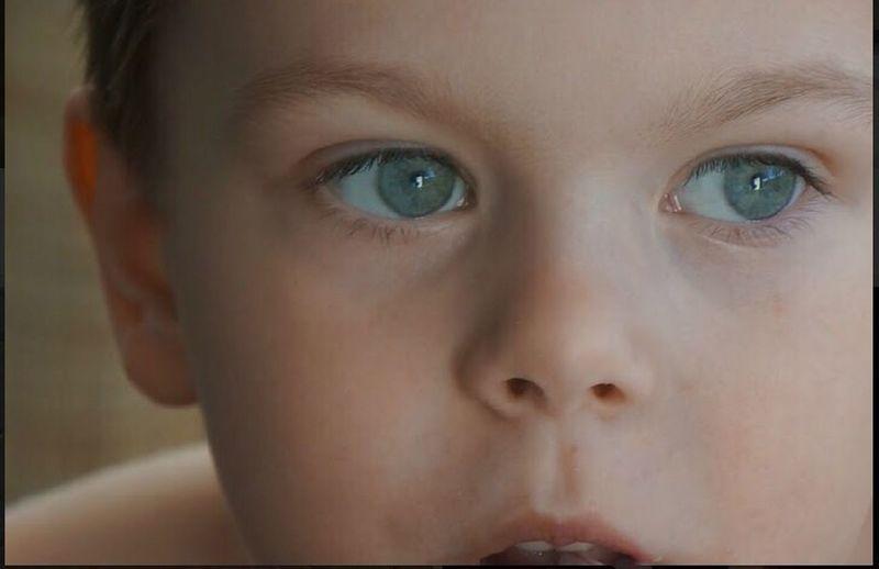 Eye Child Baby 😍😍 Face Human Eye Looking Dreaminess Big Eye Lovely Lovely Face Lovely Eye Home Window Sity