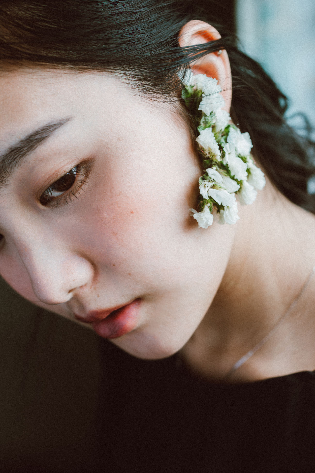Childhood Close-up Day Elementary Age Flower Focus On Foreground Human Hand Indoors  Leisure Activity Lifestyles One Person People Real People The Portraitist - 2017 EyeEm Awards Young Adult Young Women