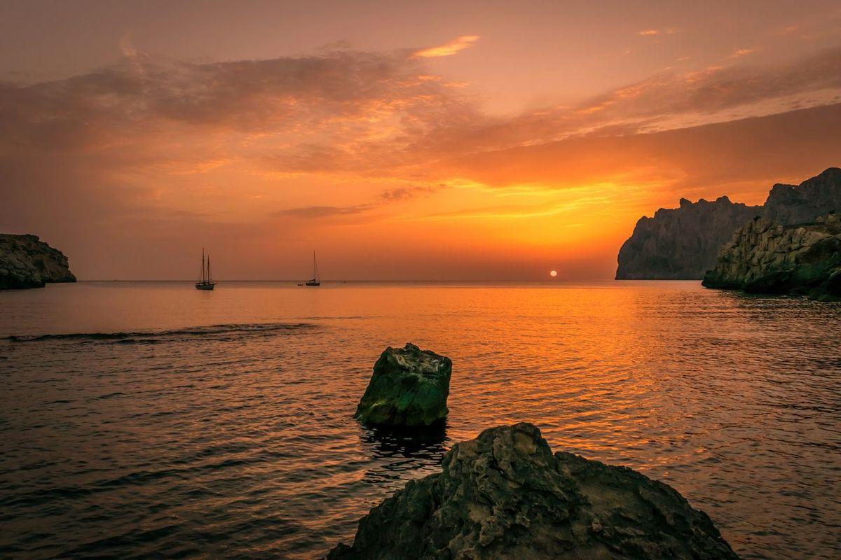 EyeEm Best Shots SPAIN EyeEm Best Edits Sunrise Taking Photos EyeEm Nature Lover EyeEm Best Shots - Landscape ⛅️ Goldenhour Holiday POV