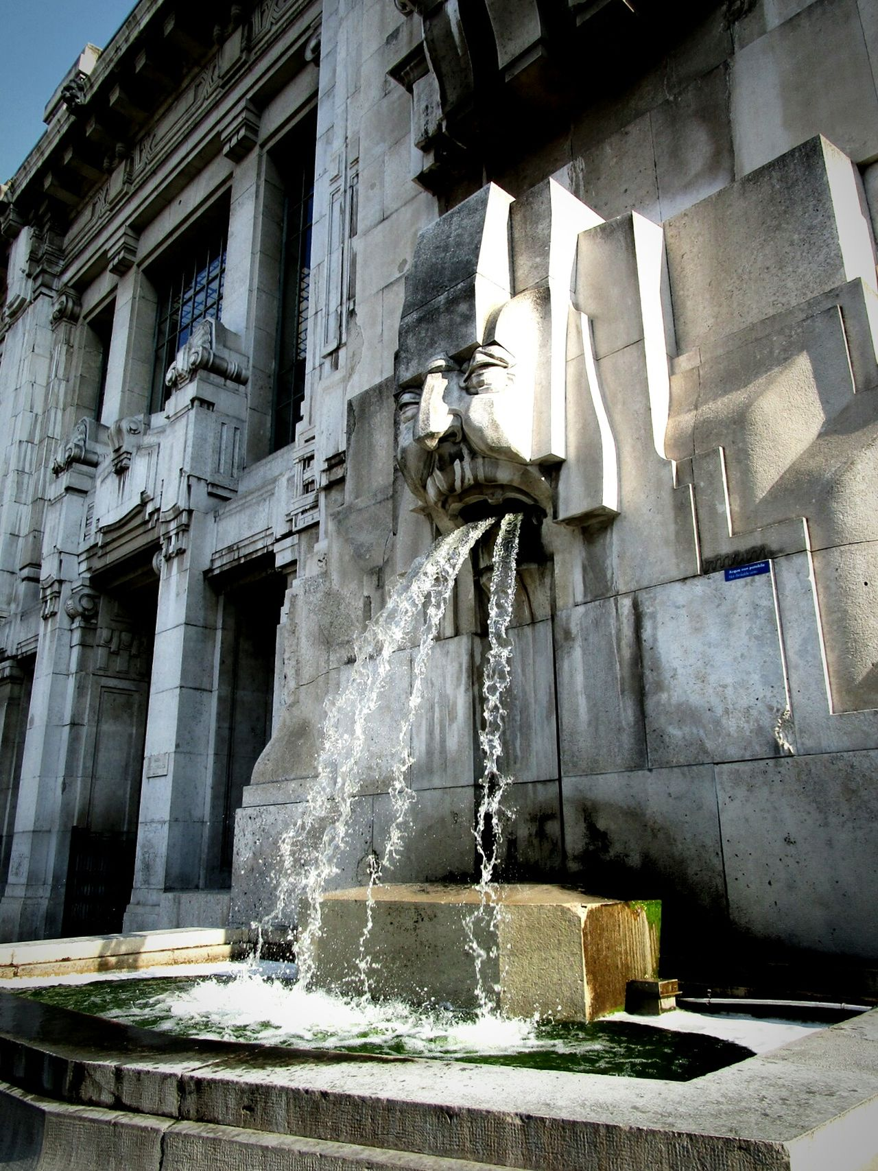 Milan Fountain Fun Fountain Urban Lifestyle Water City Life Architectural Feature Architectural Detail Railroad