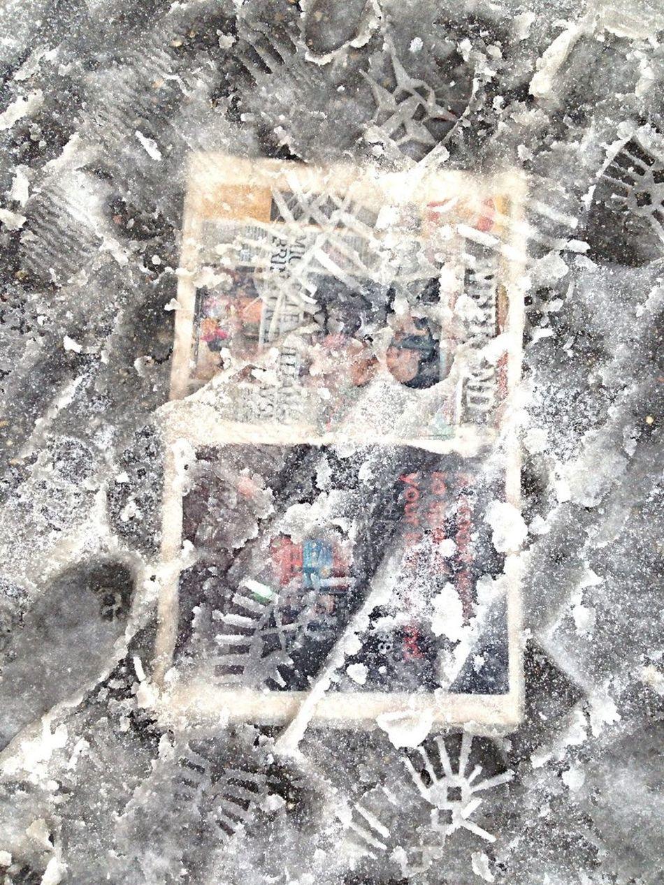 Beautiful stock photos of newspaper, Close-Up, Day, Detail, Footprint