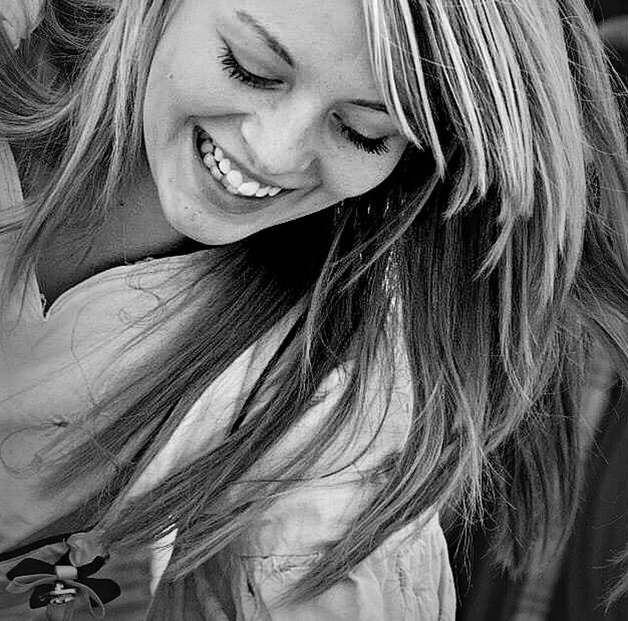 long hair, only women, one person, one woman only, smiling, headshot, adults only, close-up, portrait, blond hair, beautiful woman, adult, beauty, human body part, women, happiness, looking at camera, human face, people, day, real people, one young woman only, young women, young adult, outdoors