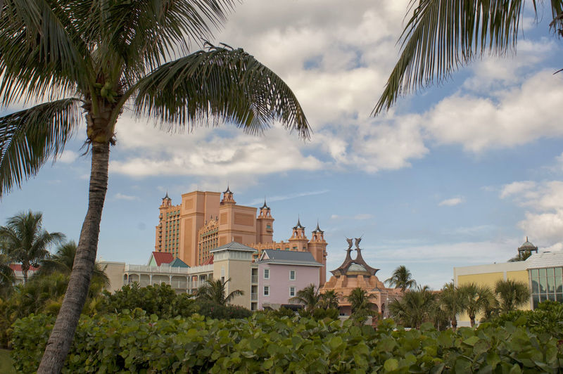 Architecture Beach Building Exterior Clouds And Sky Colored Houses Nassau Nassau, Bahamas Paradise Island