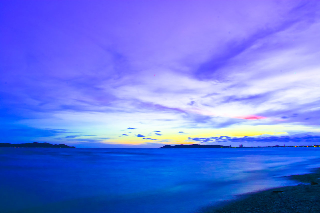 Beautiful sunset in evening at the sea Thailand. Sunset Ocean Dusk Cloud - Sky Seascape Softwaves Wave Evening Thailand Travel Tourism Beach Scenics Outdoors Sea Dramatic Sky Blue No People Nature Island Water Weather Beauty In Nature Landscape Travel Destinations