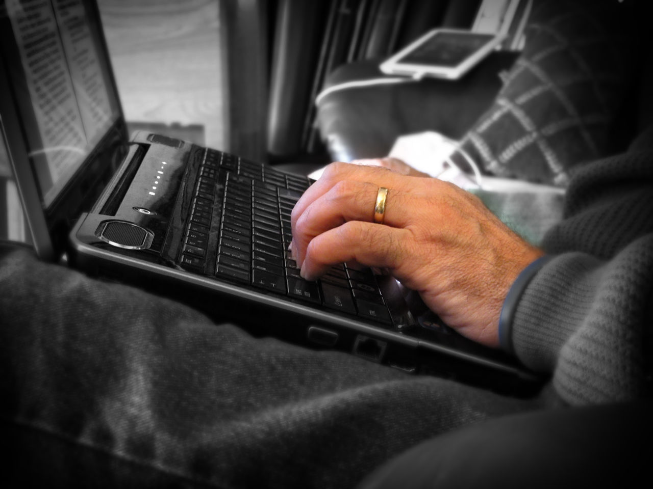 technology, wireless technology, laptop, human hand, connection, using laptop, one person, communication, human body part, computer, real people, indoors, close-up, holding, internet, day, keyboard, people