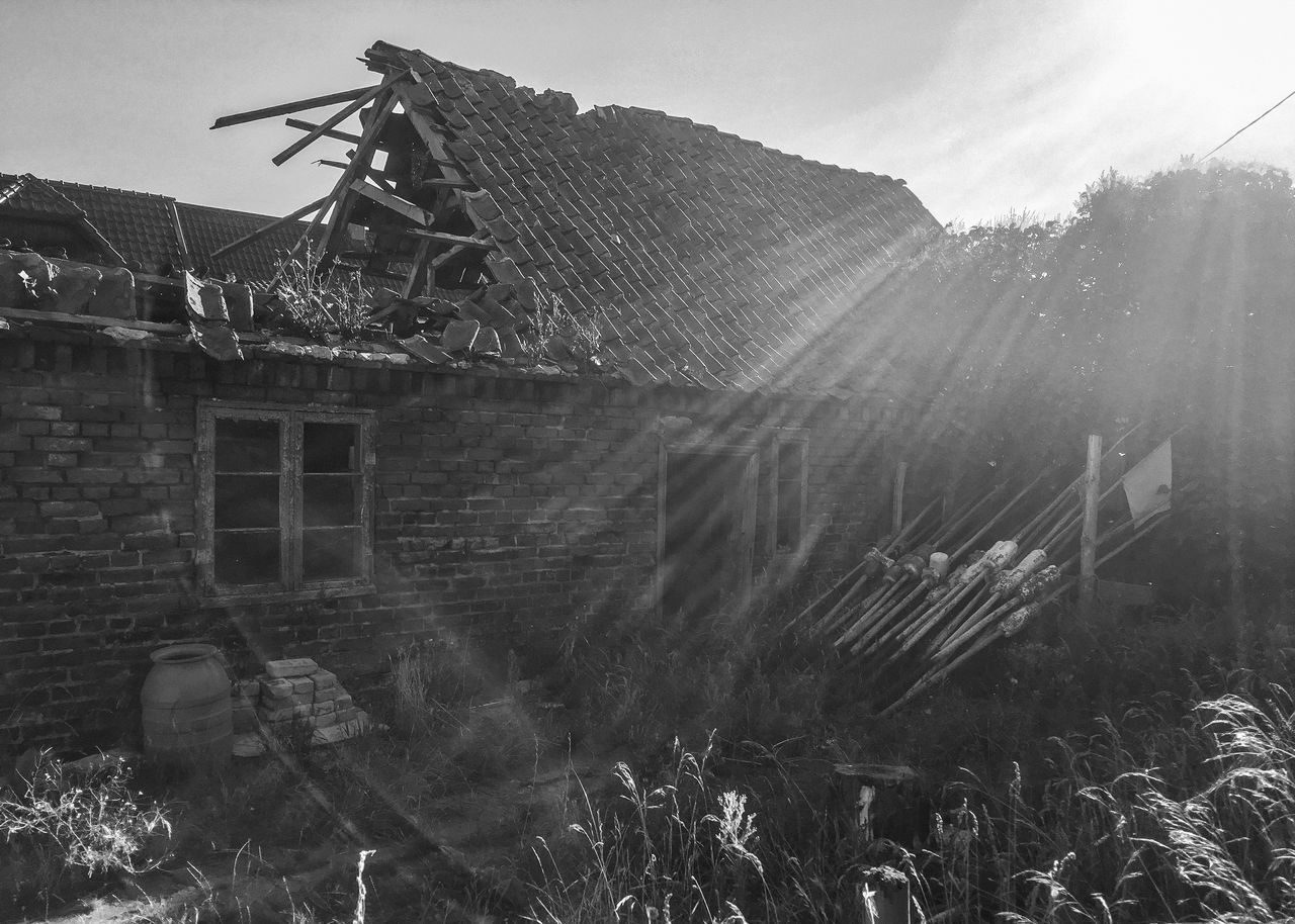 Architecture Blackandwhite Building Exterior Built Structure Day Fisherman Village House Morning Nature No People Old Old Buildings Outdoors Roof Ruin Ruined Sky Summer Sun Light Tranquility Black And White Sun Beams Kuźnica Miles Away