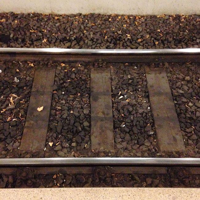 Railwaystation Railroad Railway Hanover Urban Minimalism Details Bahnschienen On My Way Home Feierabend
