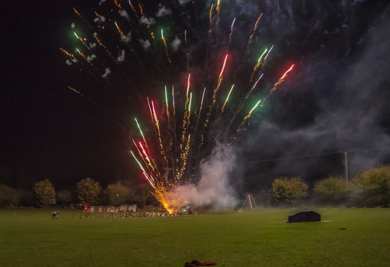 Fireworks Celebration Event Exploding Firework - Man Made Object Firework Display Fireworks Fireworks Display Fireworks In The Sky Fireworks! Fireworksphotography Fireworks❤ Grass Large Group Of People Night Outdoors People Rattlesden Rattlesden Fireworks Sky Smoke - Physical Structure