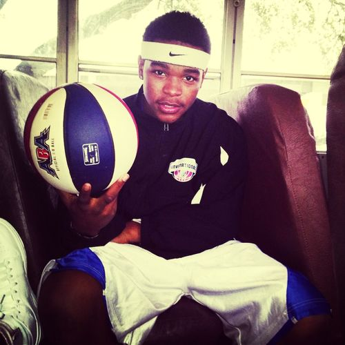 Omw To The Game #IBall