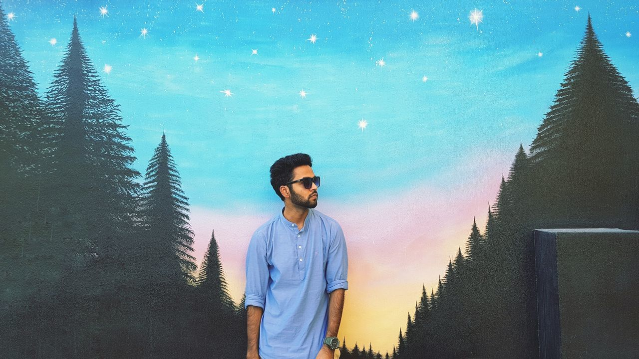 Travel Destinations Graffiti Arabic Mosaic Sportsman Artist Dubai HipHop EyeEm Selects Coco Videoshoot Bahrain Beard Snapchat Imstagram Hot Sunglasses